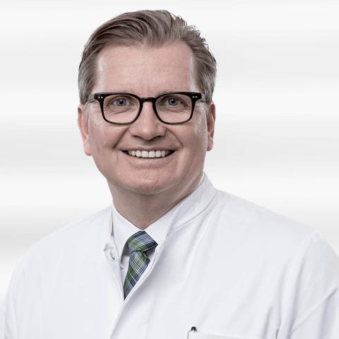 Noahklinik_Plastische_Chirurgie-Prof_Noah