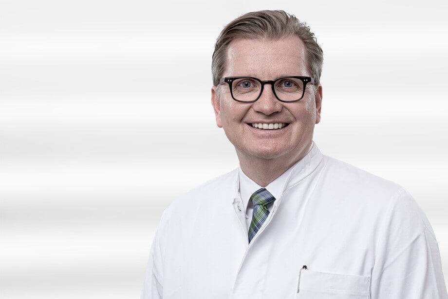 Prof-EM-Noah-Noahklinik-plastische-chirurgie-kassel