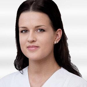 Julia Widenka - Krankenschwester in der Noahklinik Kassel
